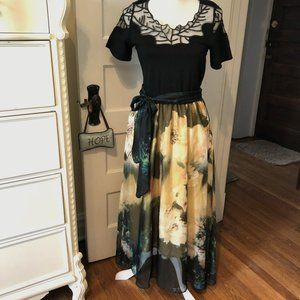 Queen Mulock Large Yellow Green Floral Lined Dress